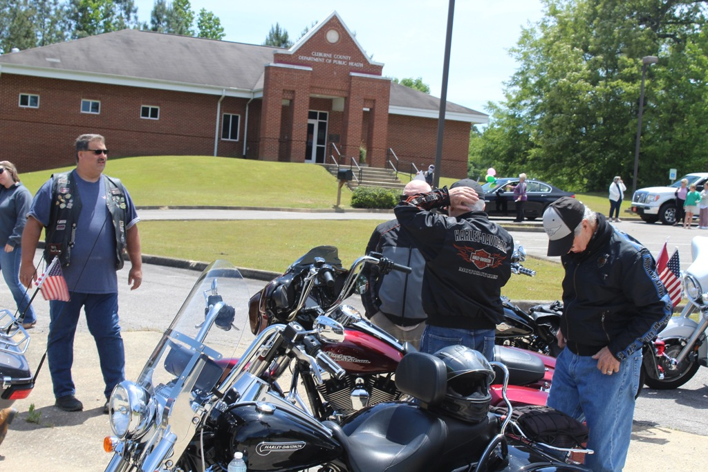 2020 Pardae ride to Heflin Nursing Home with Bernie McMichael 11