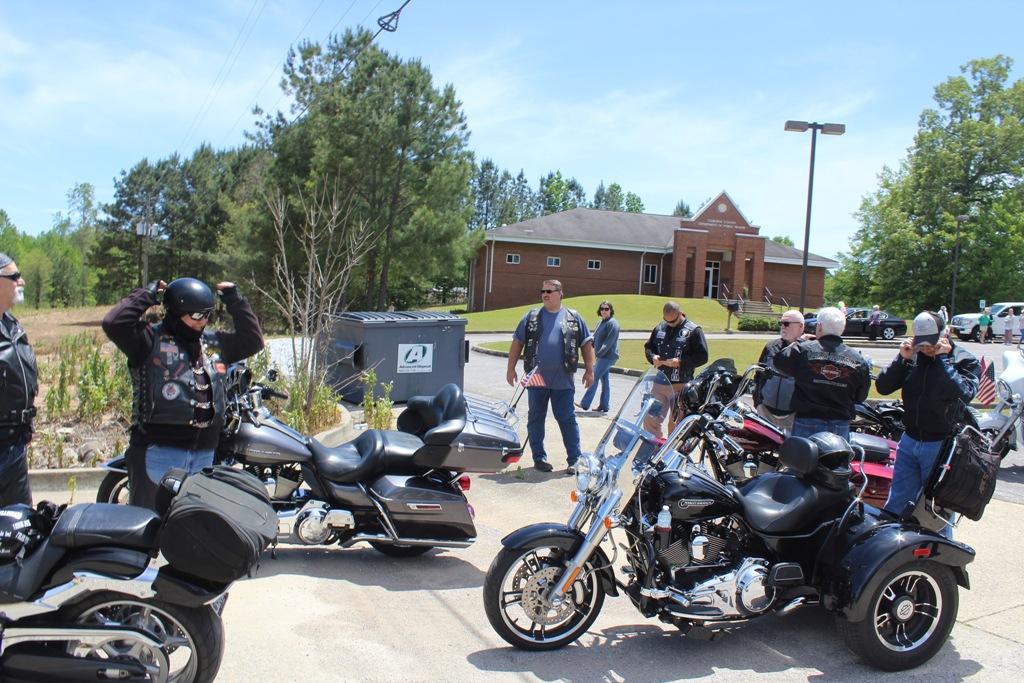 2020 Pardae ride to Heflin Nursing Home with Bernie McMichael 12