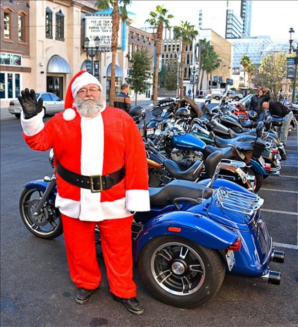 11th Annual Hogs & Heifers Miracle on 3rd Street Toys for Tots Motorcycle Run – Las Vegas, Nevada