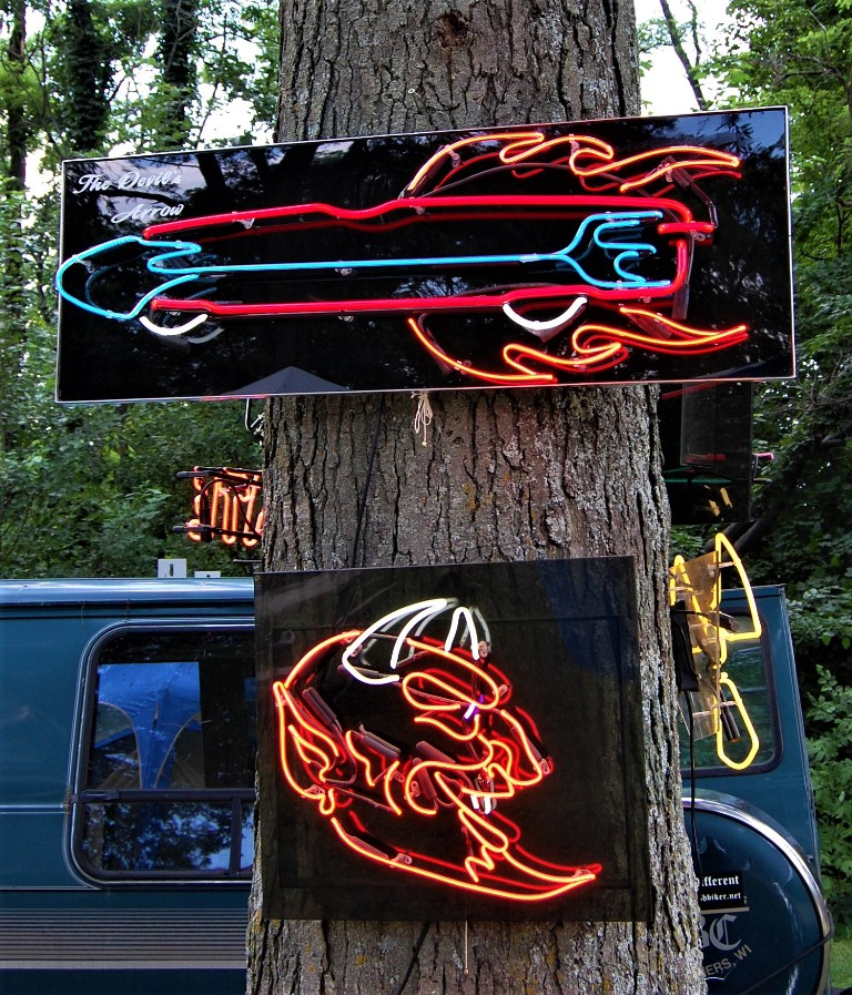 BBC 2018 Electric Eye Neon amazing art