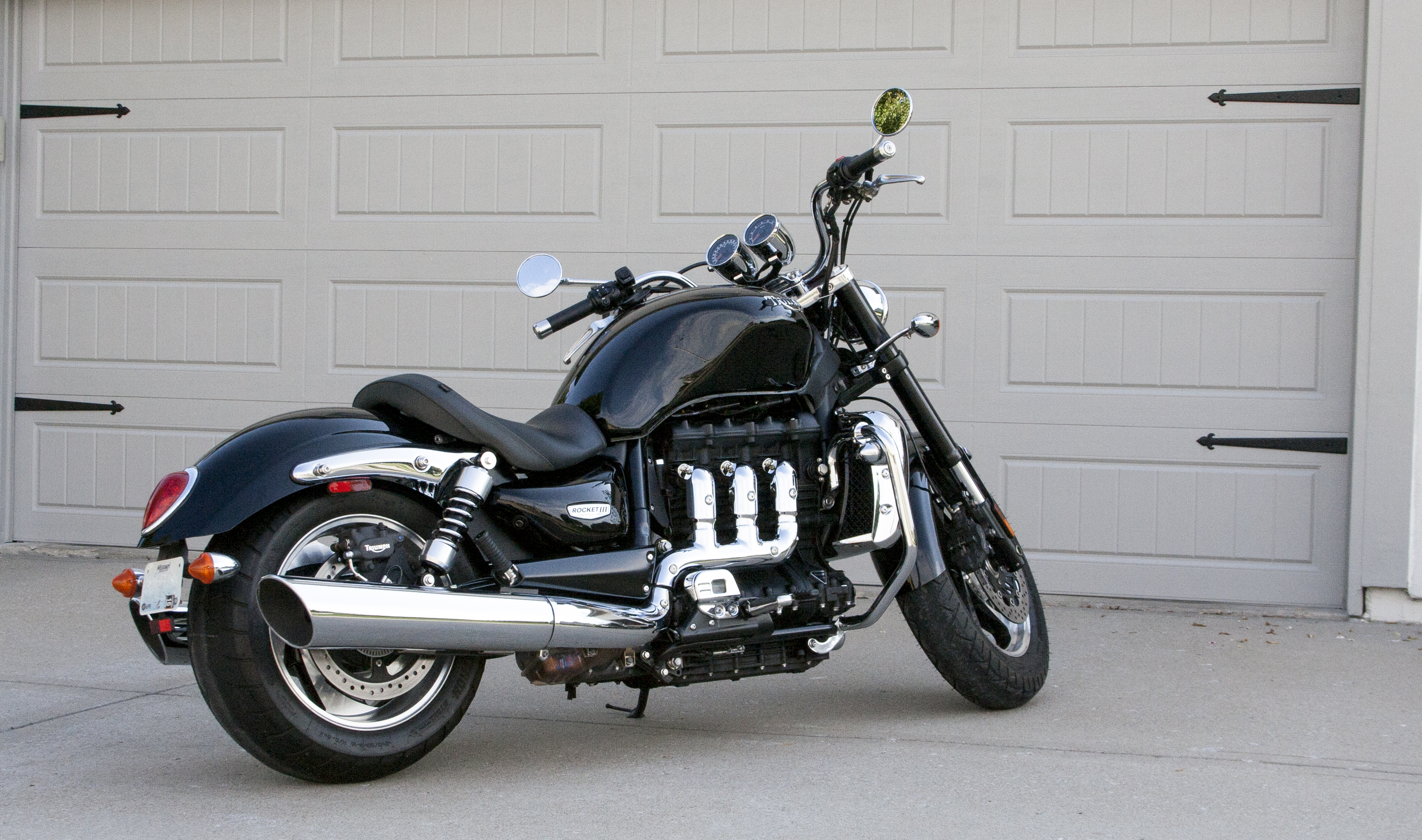 2010 triumph rocket iii roadster long term test report cycle connections motorcycle magazine. Black Bedroom Furniture Sets. Home Design Ideas