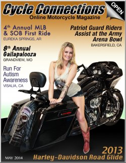 2013 Harley-Davidson Road Glide & Cover Model Chelsea
