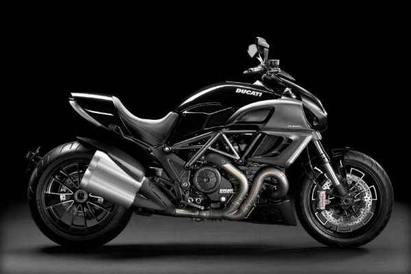 2011 Ducati Diavel Carbon
